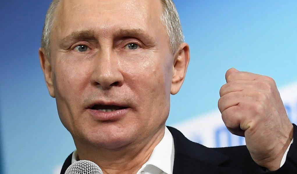Putin diz que EUA utilizam acusações imaginárias para sair de tratado nuclear