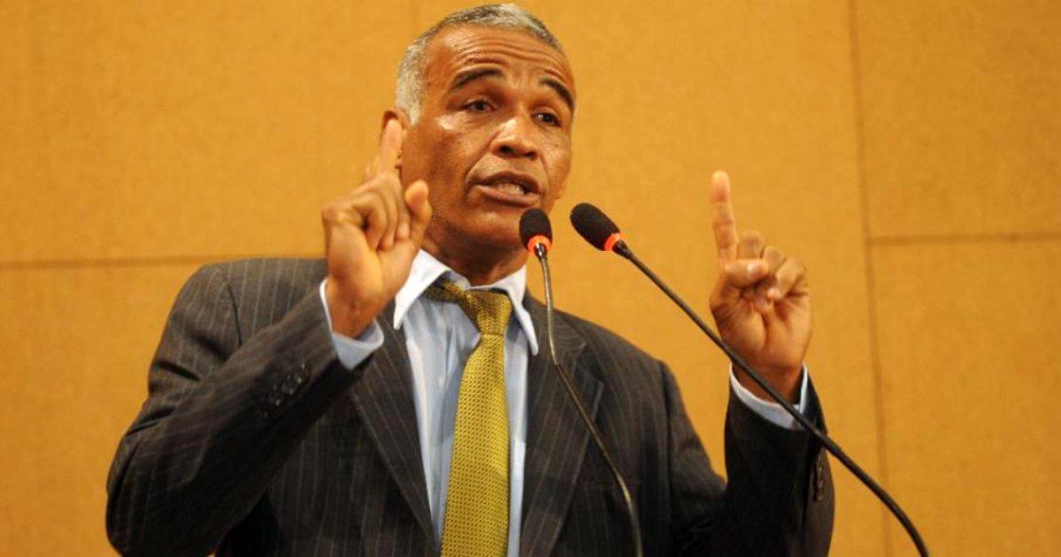 Pastor abandona Bolsonaro e pede perdão por espalhar mentiras