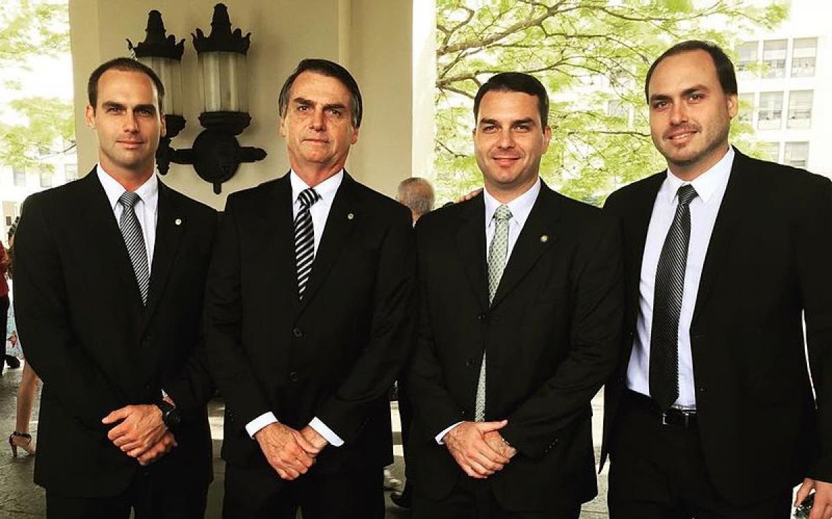 Família Bolsonaro ameaça STF