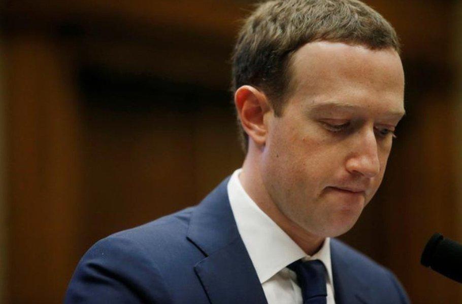 Facebook perde US$ 120 bilhões em valor de mercado com ações em baixa