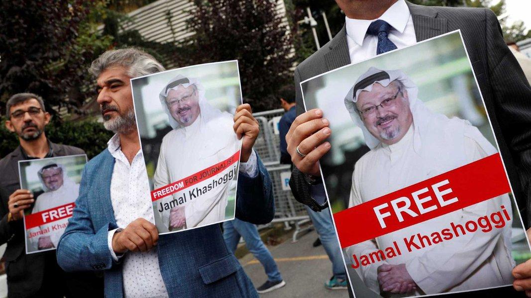 Arábia Saudita diz que jornalista Khashoggi morreu após briga em consulado