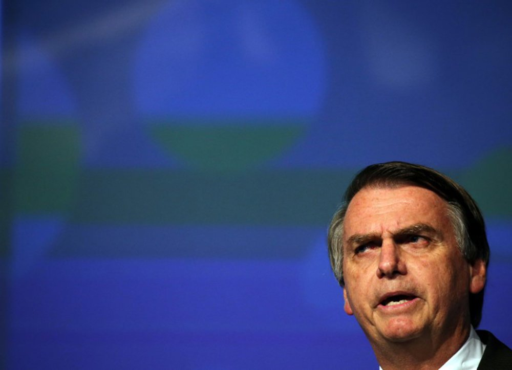 Bolsonaro prega guerra e diz que não será Jairzinho paz e amor
