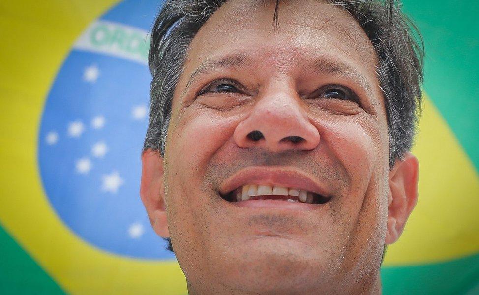 No 2º turno, Haddad lidera a luta democrática de uma geração