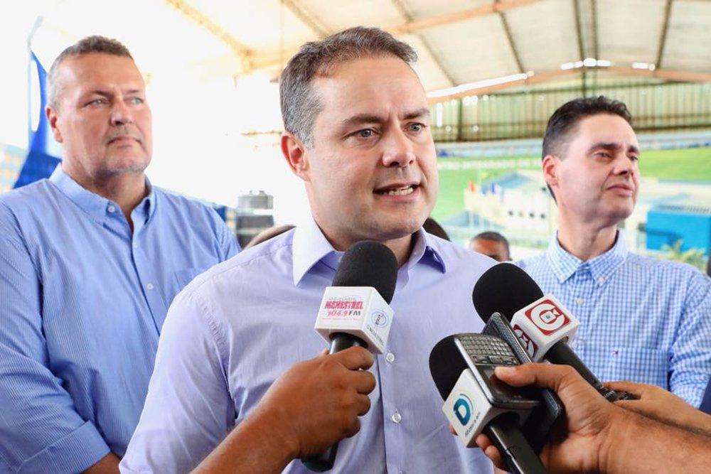 Renan Filho lidera para o governo em Alagoas