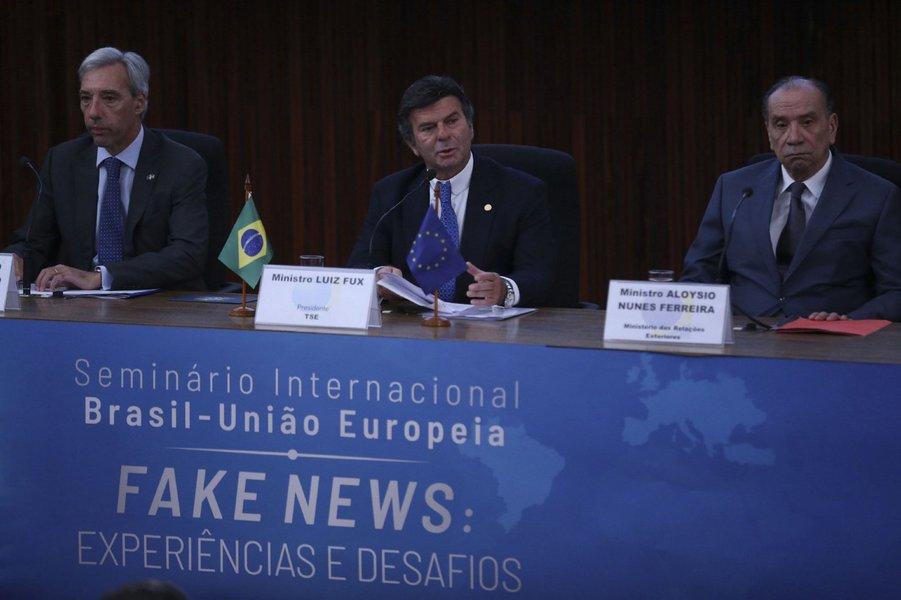TSE falha no combate a fake news na campanha de primeiro turno