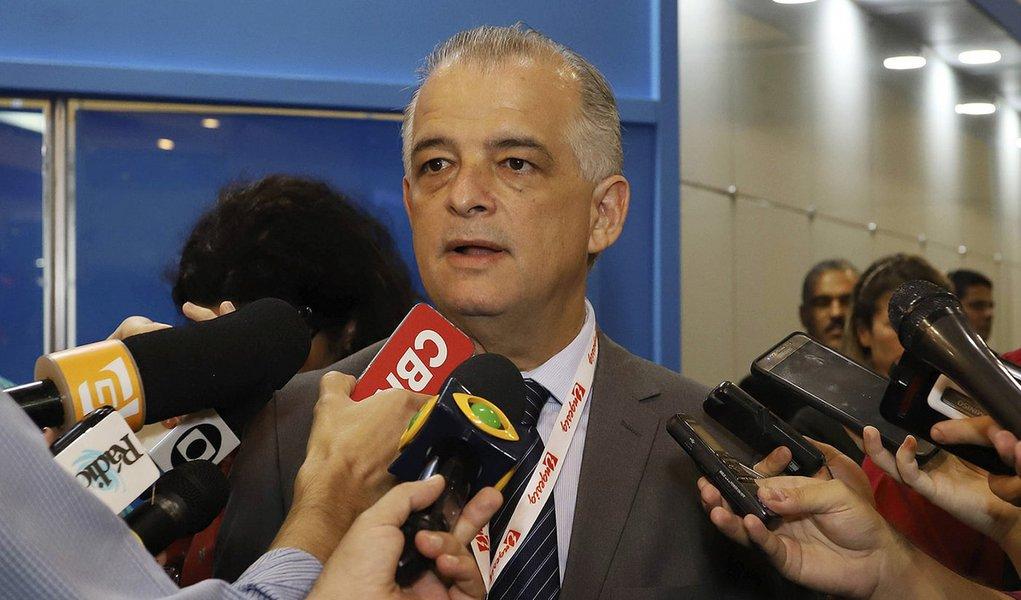 Márcio França deixa de pagar até R$ 1 bilhão a fornecedores