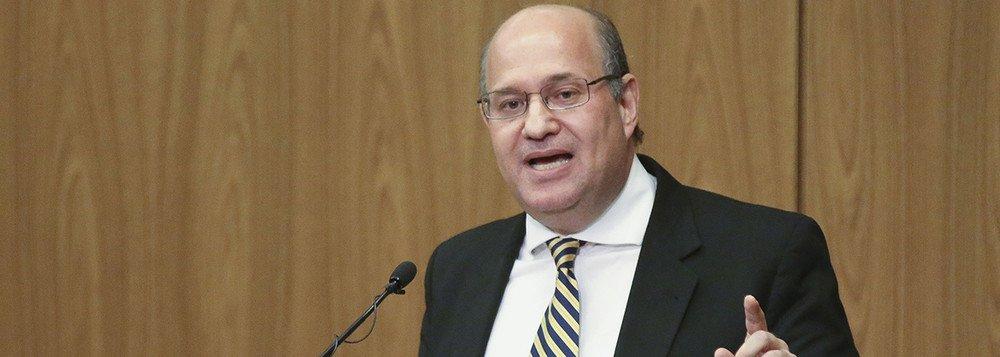 Goldfajn diz que crescem riscos para inflação no Brasil