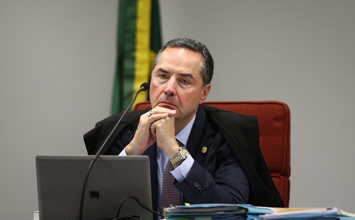 Vídeo prova: Barroso defende que tratado internacional está acima da lei brasileira