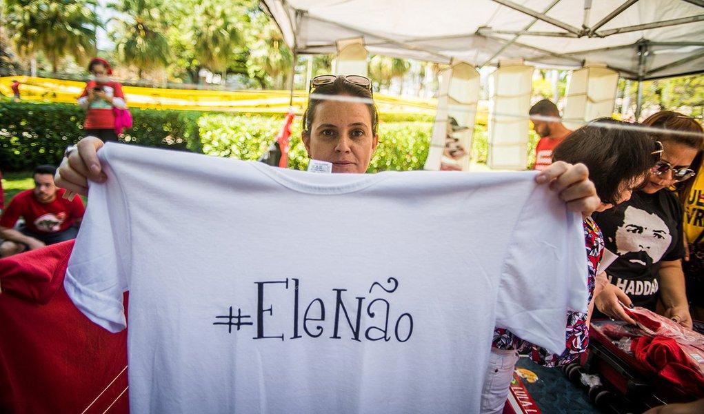 Protestos contra Bolsonaro e o fascismo se espalham e chegam a 14 países