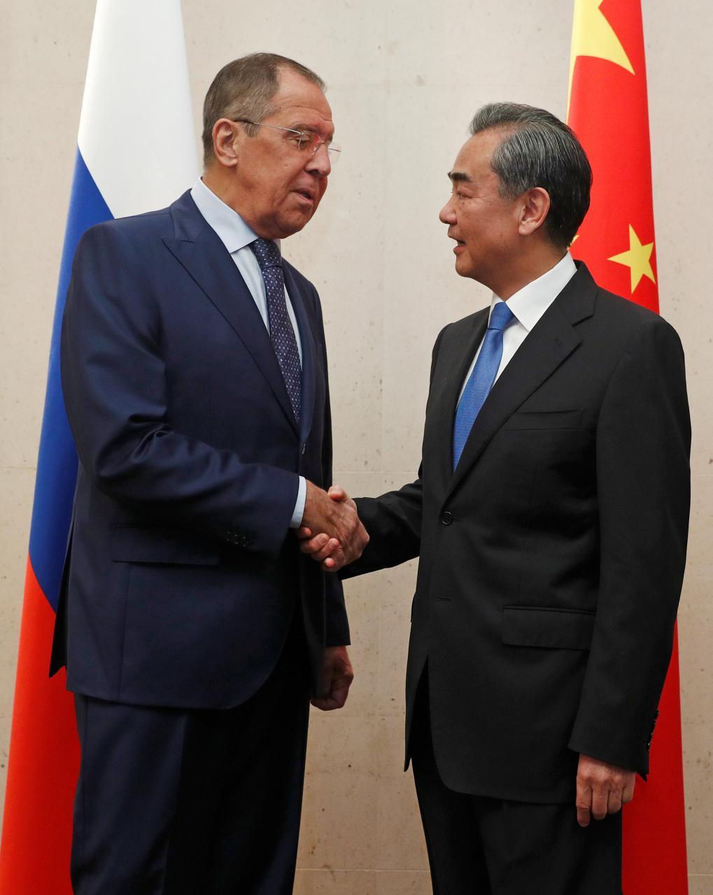 Ministros das Relações Exteriores de China e Rússia pedem na ONU para salvaguardar multilateralismo