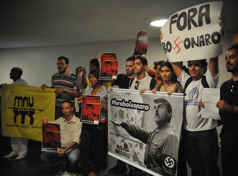 Diga não a Bolsonaro