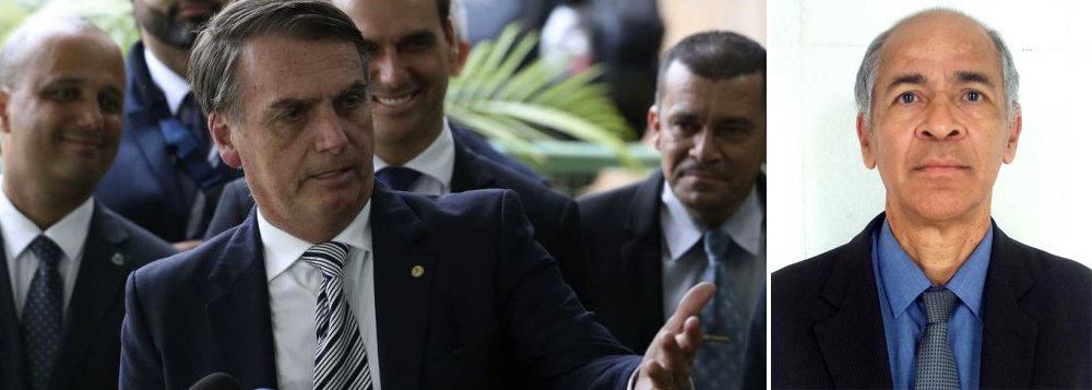 Bolsonaro quer coronel no MEC para selecionar livros didáticos
