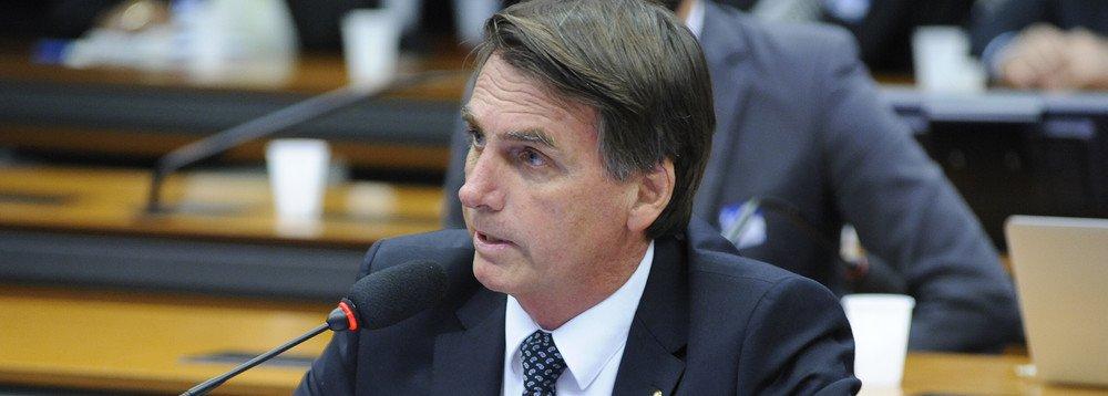 O gigante brasileiro pode se acordar como um monstro fascista-nazista?