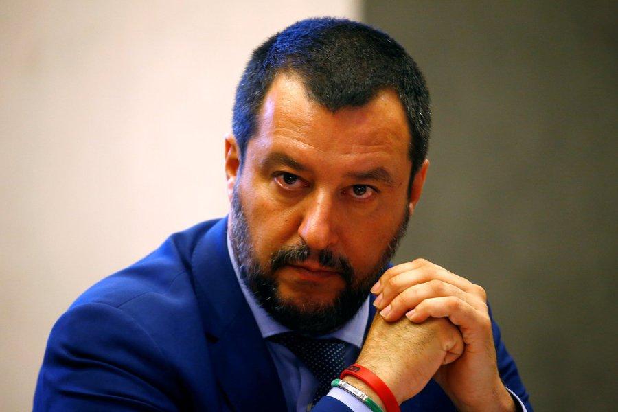 Itália aprova decreto que limita proteção humanitária de imigrantes