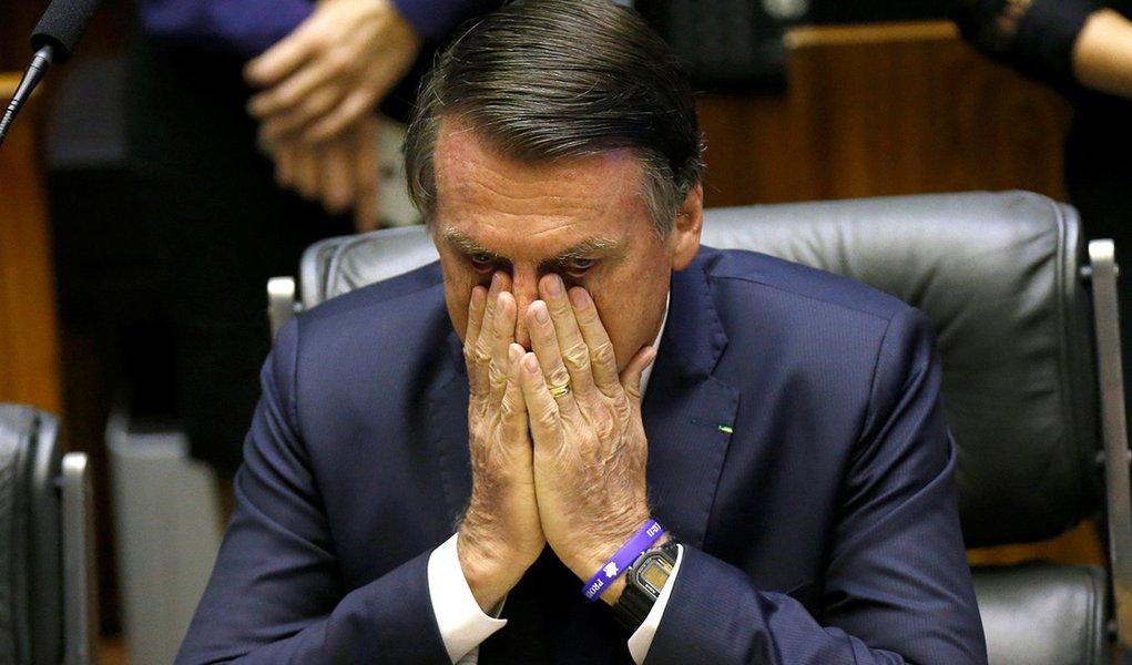 Bolsonaro começa governo com avaliação fraca