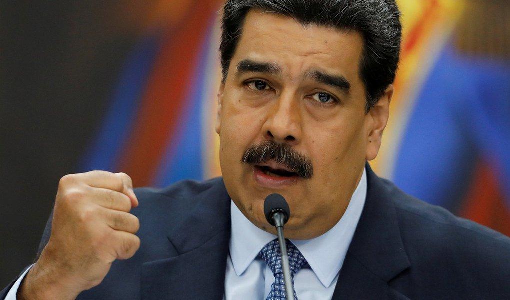 EUA usam sanções para jogar ex-autoridades venezuelanas contra Maduro