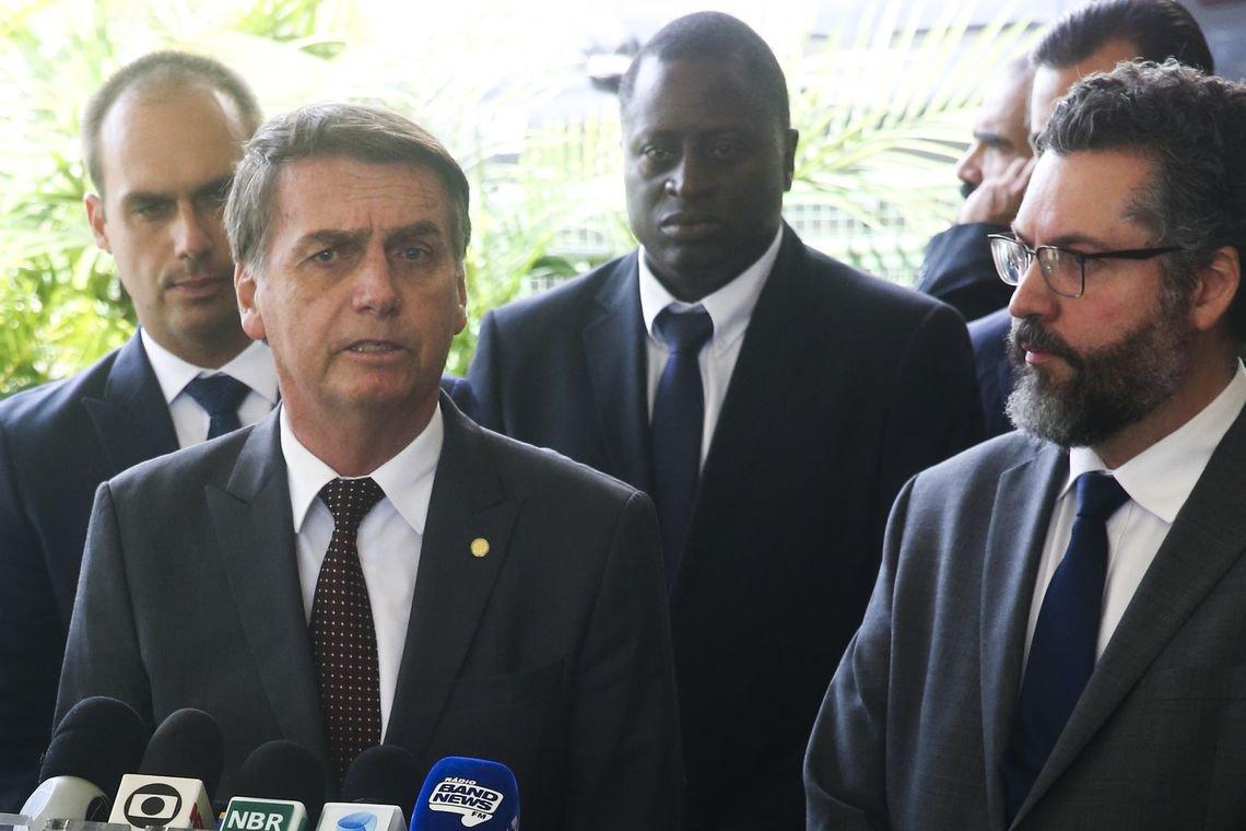 Globo detona chanceler e aponta prejuízos que ele causa à economia