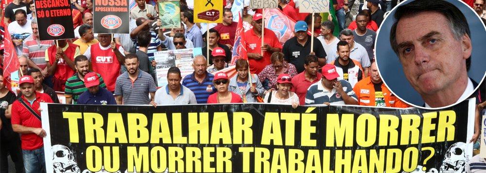 Bolsonaro esconde reforma da Previdência, rejeitada por 71%
