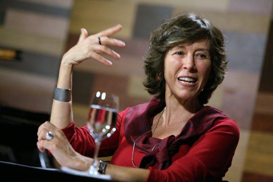 Maria Rita Kehl sobre impeachment: 'o que houve foi um jogo roubado'