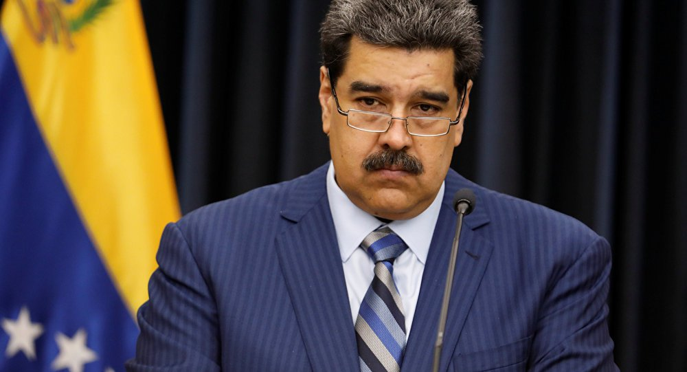 Direita ataca Maduro para que grandes corporações cheguem ao poder, declara legislador