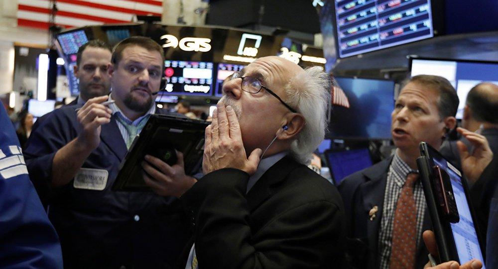 Wall Street viveu pior semana em dez anos e acende alerta