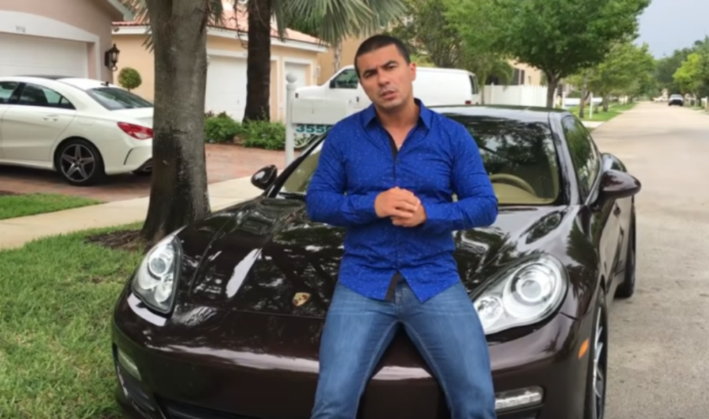 Eleito deputado, youtuber bolsonarista se diz arrependido: era mais fácil ficar em Miami