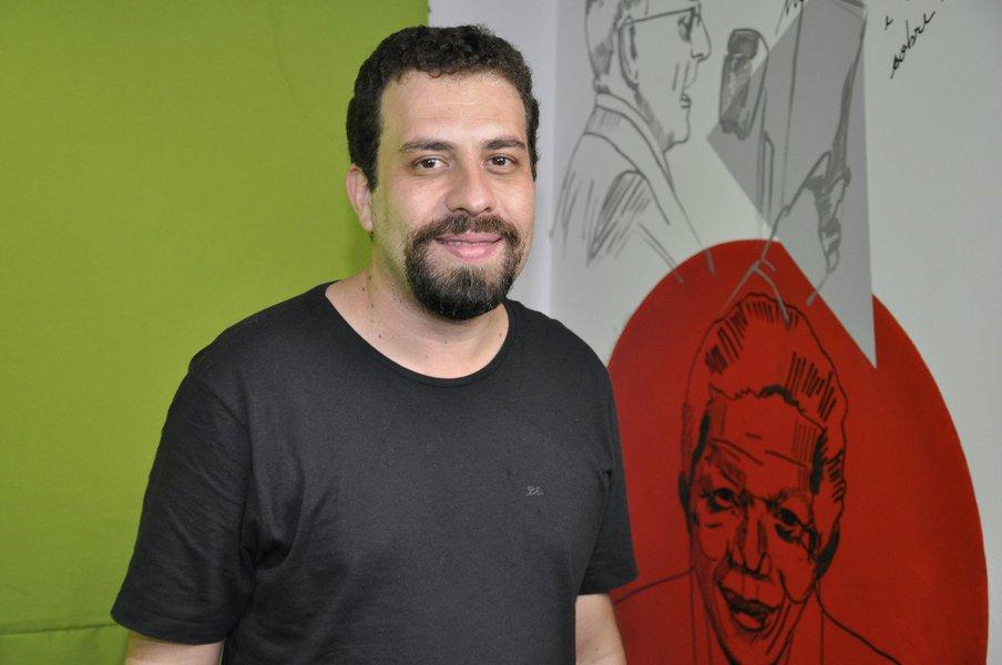 """""""Segue a esculhambação no Judiciário"""", diz Boulos sobre o TJ-MA"""