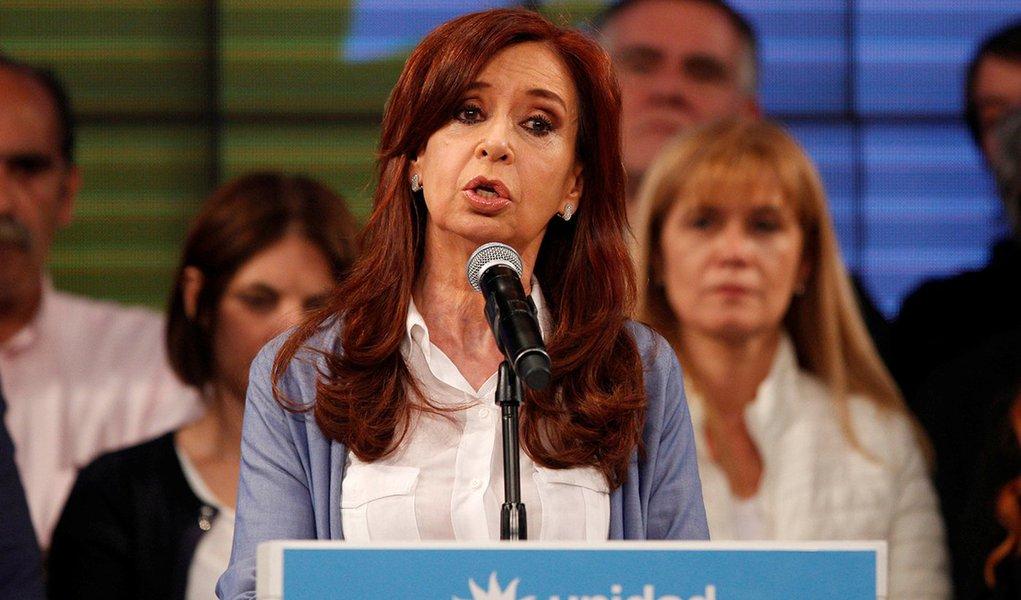 Argentina abre processo contra Cristina Kirchner, mas deixa de fora parentes de Macri