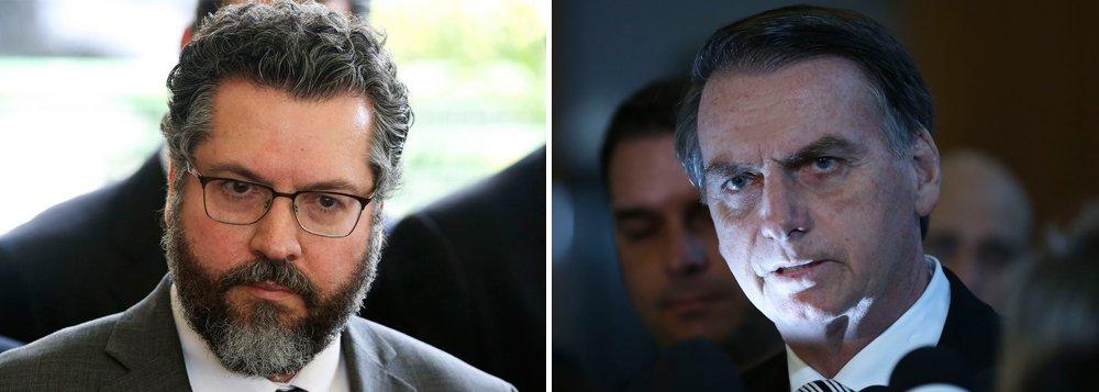 Futuro chanceler diz que, com Bolsonaro e Olavo, Deus voltou ao Brasil