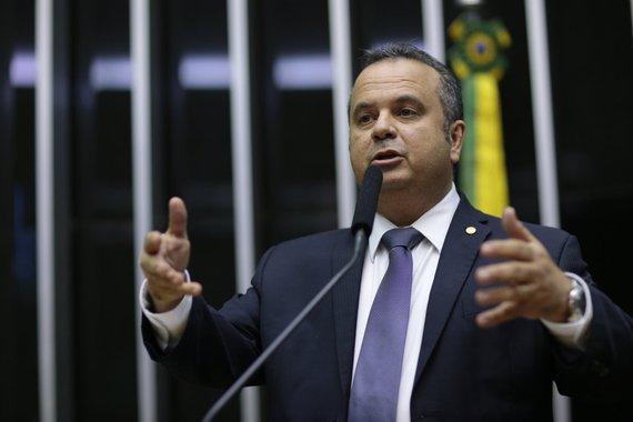 Bolsonaro ressuscita políticos rejeitados no RN