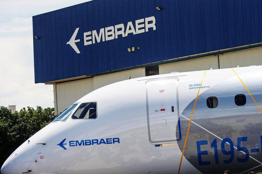 Acordo entre Boeing e Embraer fere lei e é crime de lesa-pátria, dizem sindicatos