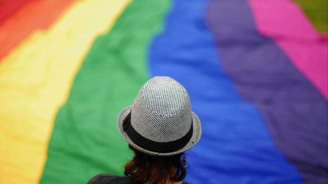 Parlamento alemão aprova terceiro gênero em certidões de nascimento