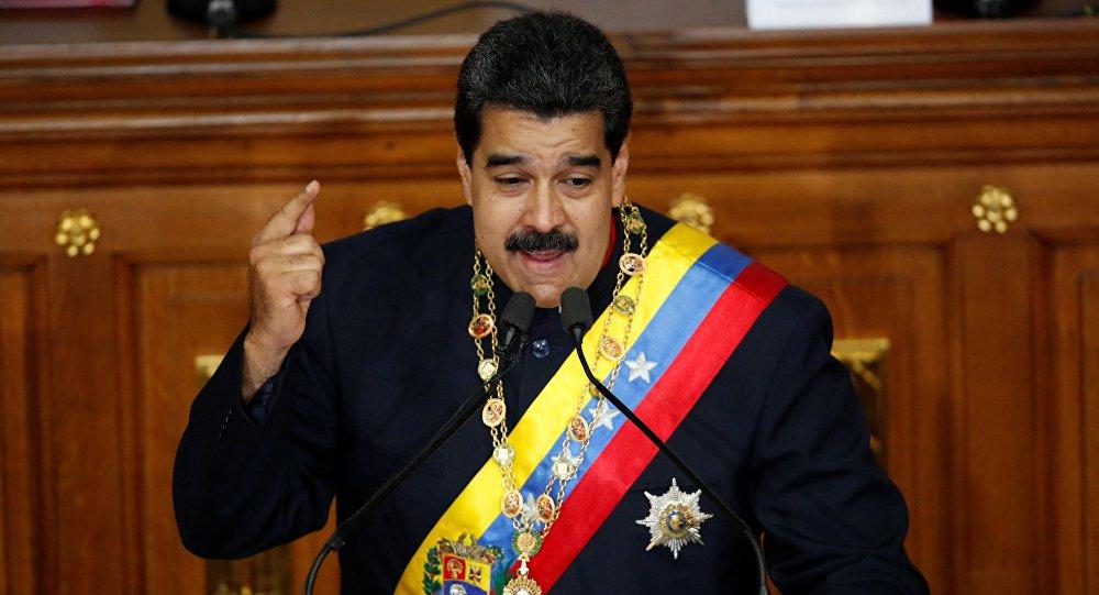 Maduro manda país ficar de prontidão militar para enfrentar conspirações