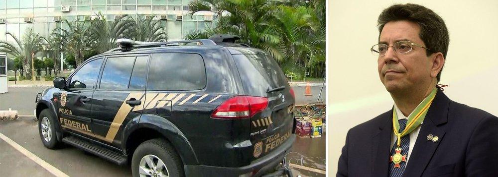 Ministro do Trabalho em exercício é suspenso após operação da PF
