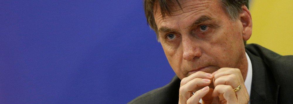 Tijolaço após vídeo obsceno de Bolsonaro: indecoroso