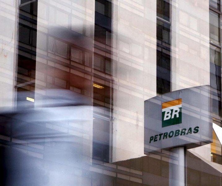 Petrobrás entrega mais uma parte do pré-sal a empresas estrangeiras