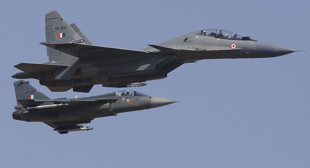 Prossegue tensão entre Índia e Paquistão com ataques aéreos