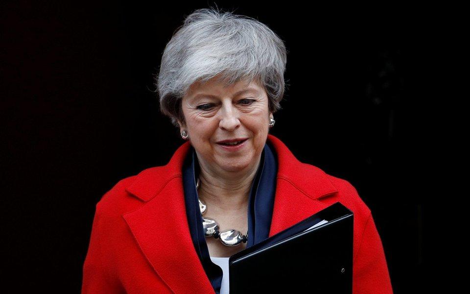 Com ou sem acordo, e até sem Brexit: May joga decisão para Parlamento no Reino Unido