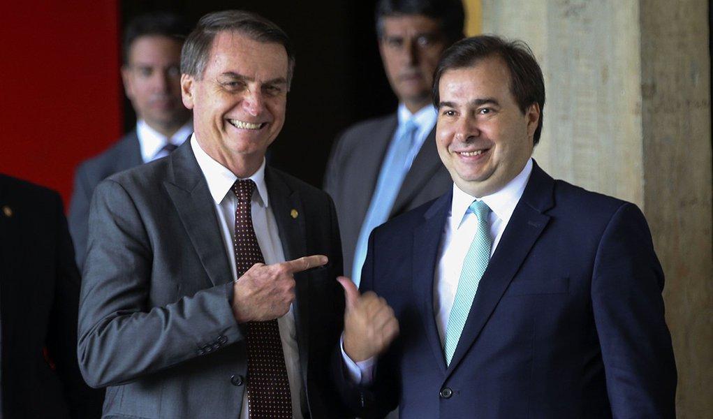 Maia recebe Bolsonaro, Toffoli e Alcolumbre para discutir agenda entre os poderes