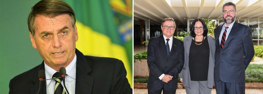 Ministros com partido e sem noção
