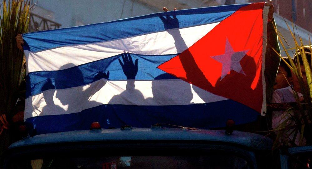 Cuba aprova em referendo nova Constituição socialista