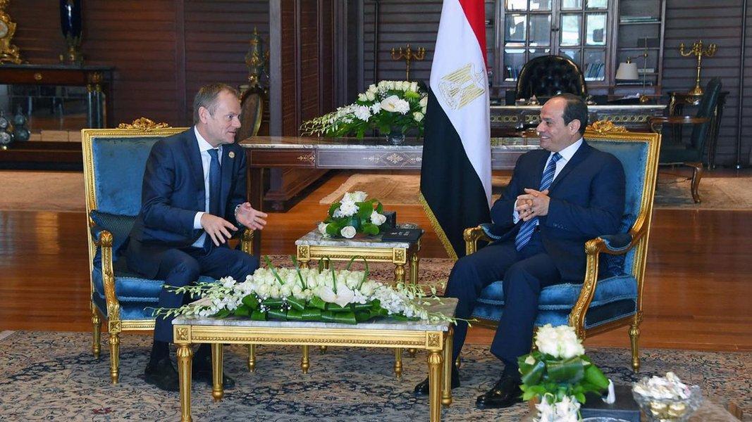 Europeus e árabes realizam reunião de cúpula no Egito marcada por formalismo