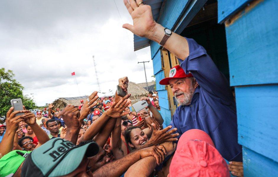 Lula e o largo sentido da paz