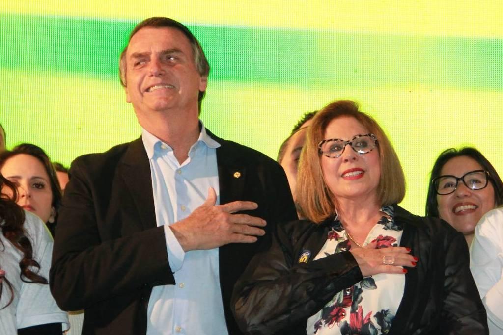 """""""Não entrei para ganhar, mas para dar 28 segundos a Bolsonaro"""", diz candidata-laranja que recebeu R$ 200 mil do PSL"""