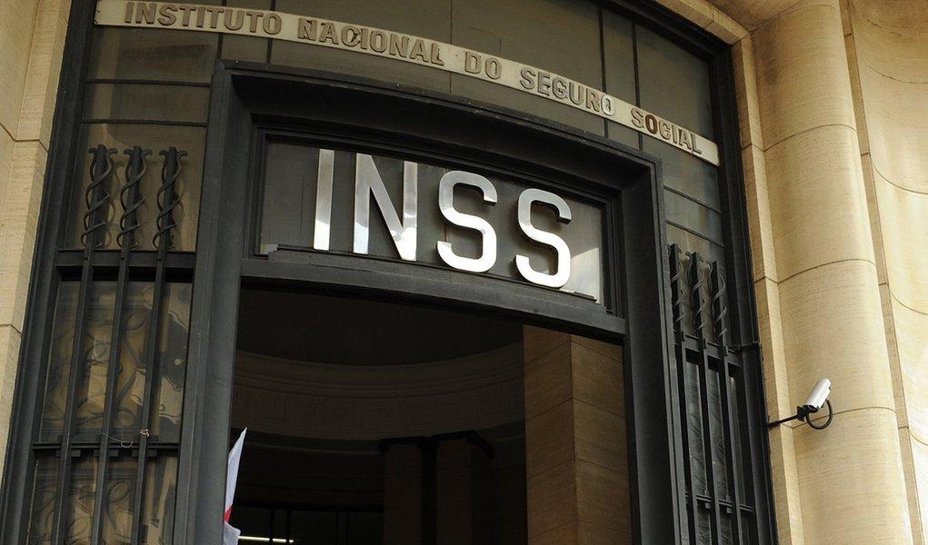 Sonegação e renúncias tiram R$ 85 bi do INSS