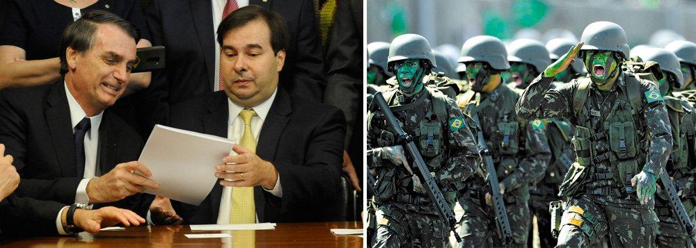 Bolsonaro mexe na sua aposentadoria, mas não toca na dos militares