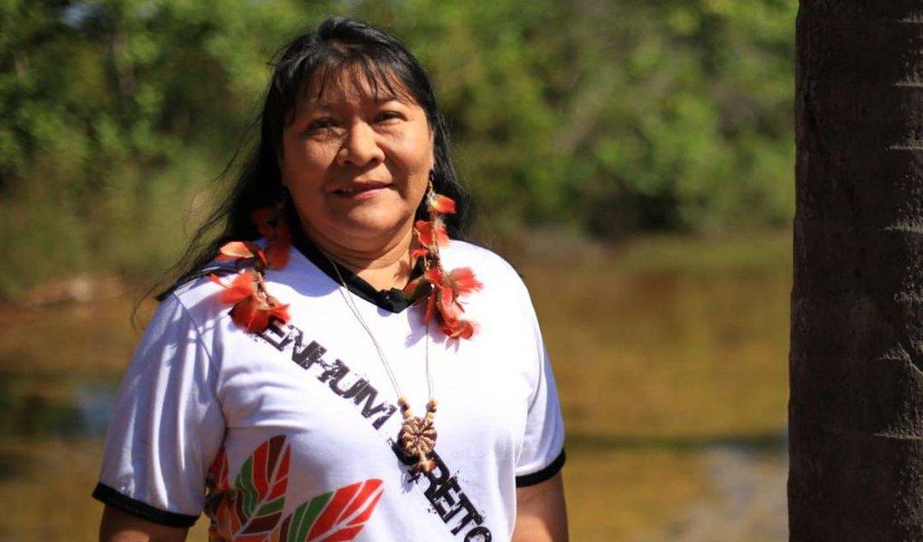 Joênia Wapichana: um indígena sem terra está fadado ao desaparecimento