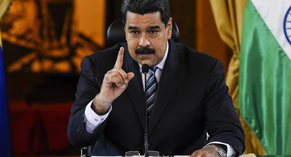 Maduro anuncia que receberá 300 toneladas de ajuda humanitária da Rússia