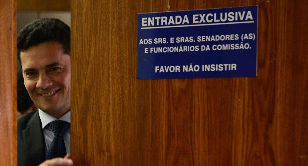 Propostas de Moro podem levar à legalização das milícias, diz pesquisador