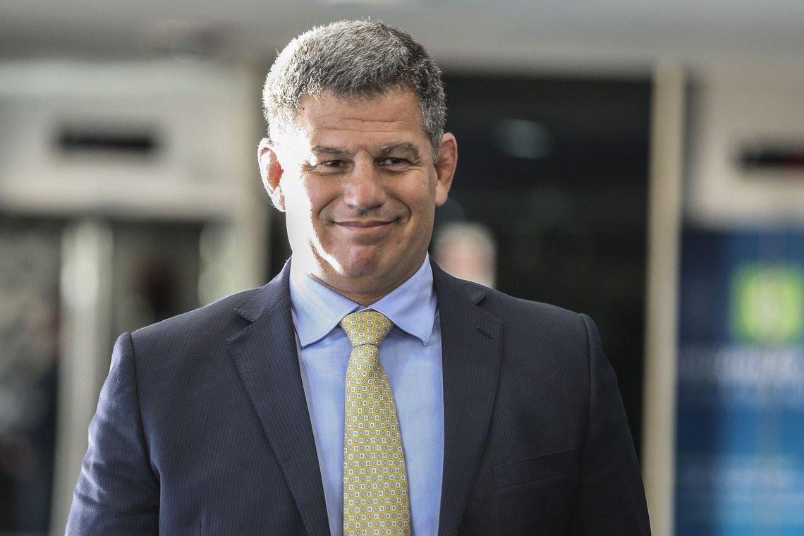 Esquema de corrupção no partido de Bolsonaro é centro da crise